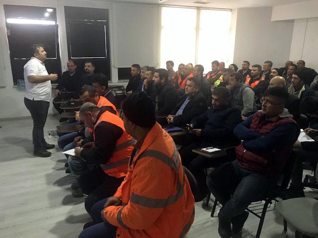 Ekonomik ve Güvenli Sürüş Eğitimlerimizin sonuncusunu 18 Şubat 2020 tarihinde KÇS Kahramanmaraş Çimento Beton Sanayi ve Madencilik İşletmeleri AŞ'nin Erkin Bey Hazır Beton Tesisi'nde gerçekleştirdik.